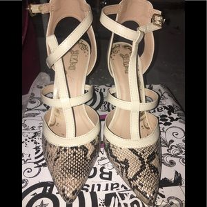 Shoes - Sexy snake heels